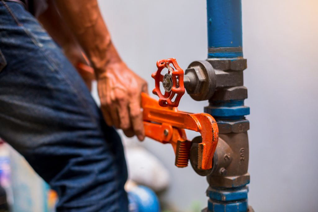 Emergency plumber in Sydney while working